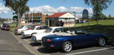 We arrived at Rotary Park in the main street of Kurri and were lucky enough to find enough parking be able park together.
