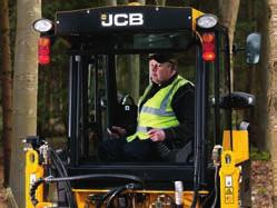 FOR THIS REASON, THE JCB CX S CAB IS COMFY, SPACIOUS, EASY TO ACCESS AND RELATIVELY QUIET.