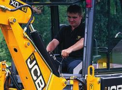 4 You can specify your JCB CX with one of two different control types Manual or EasyControl (servo)*.
