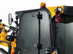 the event of a breakage, the panes are easy to replace. 4 6 The rear boom can be manually locked for added safety when roading.