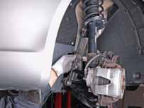 Installation guidelines: Stabiliser link 1 Raise the car up to working level.