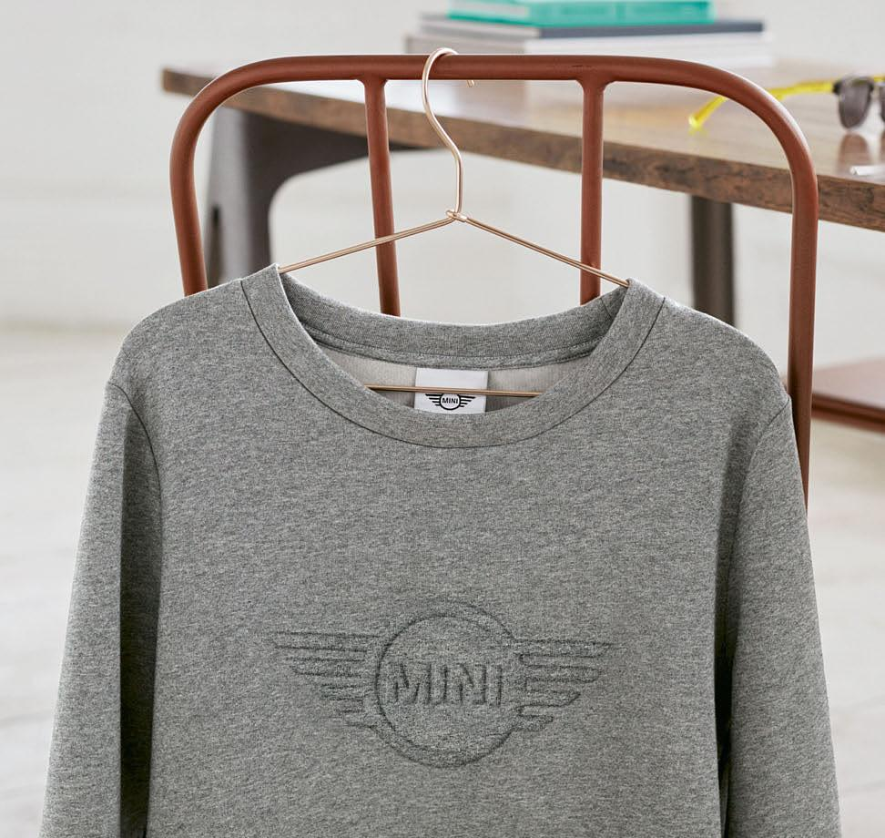 Left: Sweatshirt Women s Wing Logo 3D,