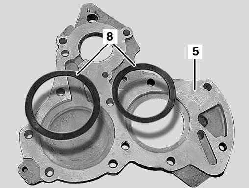 15 Axial Play Adjustment 4) Measure depth between intermediate flange cover and bearing seat - A A = 5.50mm Calculation example: Depth A 5.50 mm Distance B 4.