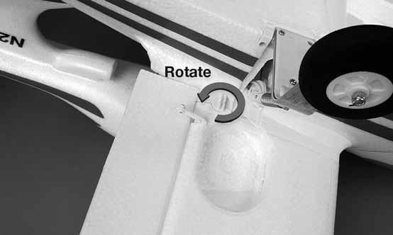 4. Rotate the retainer to lock the wing. 3.