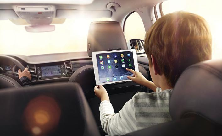 s infotainment system enables the driver to safely use the phone while driving.