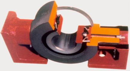 FEATURES AND BENEFITS Trunnion Mount Bearing Sunflower s trunnion bearings provide positive alignment, eliminate wear between the