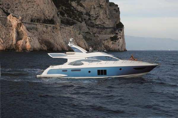 AZIMUT 60 Location: Miami Price: $ 1.650.