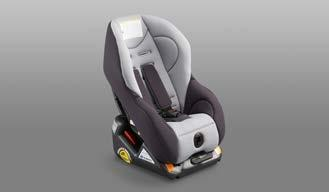 Plus 32 F410EYA105 F410EYA003 Equipped with a sun canopy. Secure installation by ISOFIX.