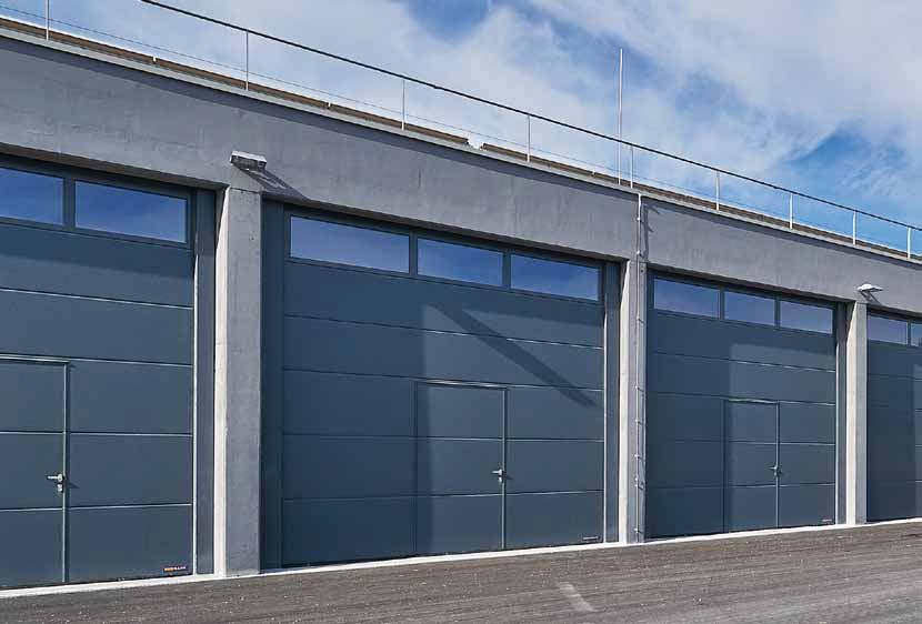 SPU F42 Double-skinned steel sectional doors Logistics