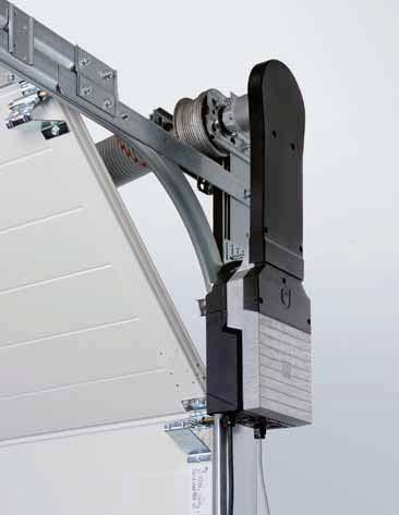 Particularly easy to fit and maintain thanks to its power limit as standard For doors without wicket doors, installing items such as closing edge safety devices or cable slack switches on the door is