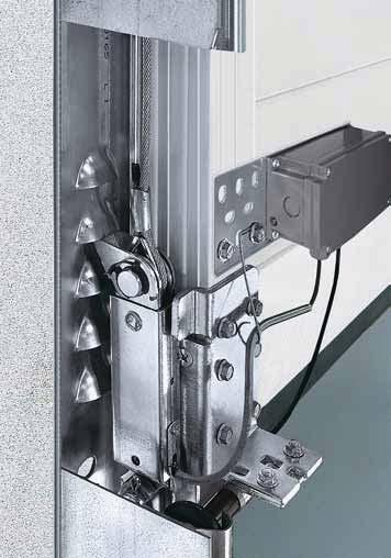 Standard security Thanks to a break-in-resistant arrestor kit Tightly locked and protected against forced opening It is especially important for industrial doors to be reliably break-in-resistant to