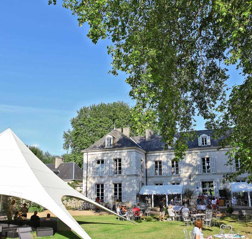 GUESTS FOR THREE NIGHTS AT CHÂTEAU DE CHANTELOUP. CAMP IN STYLE NEXT TO THE LE MANS RACETRACK.