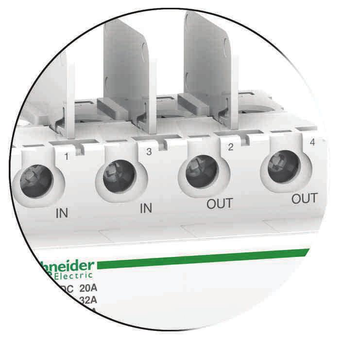 Combined with a circuit breaker (of the type, for example), the C60NA-DC will be installed in a string PV protection enclosure close to the strings of photovoltaic modules.