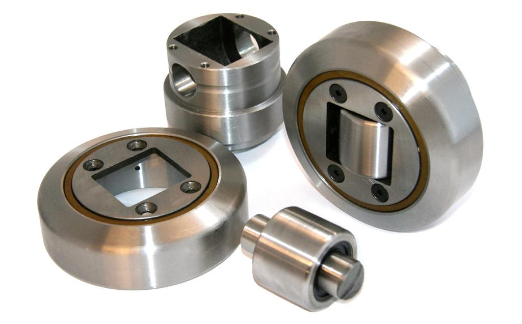 Combined Roller Bearings STANDARD CR BEARINGS Weldable Stub Axle / Hub H h Radial Roller Axial Roller D T d S Mating Steel Profile B A Our standard Combined Roller bearing consists of a hub, a radial