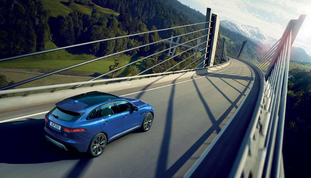 EXPERIENCE JAGUAR GEAR Your Jaguar F-PACE was designed to handle every twist and turn flawlessly and elegantly.