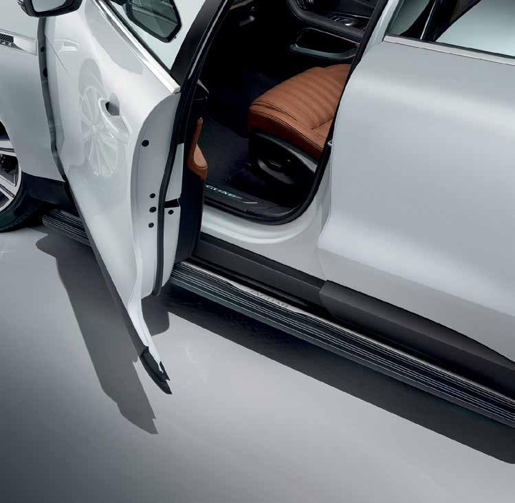 EXTERIOR STYLING DEPLOYABLE SIDE STEPS These smart, practical steps make it easier to get in and out of the vehicle.