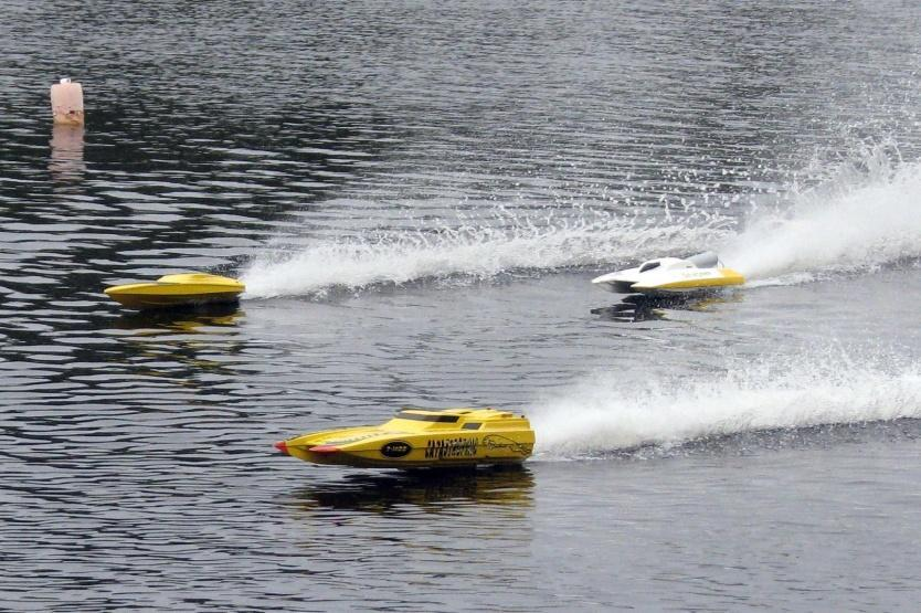 TYPES OF RC BOATS Racing While both gas and electric are available in RC race boats, electric is now the most popular. They are quieter, cleaner to maintain and much faster.