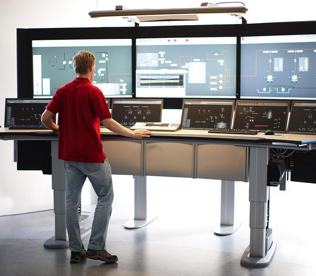 Process Safety Single point of contact ABB aims to be the single point of contact for automation system service at the two sites, regardless of vendor or task.