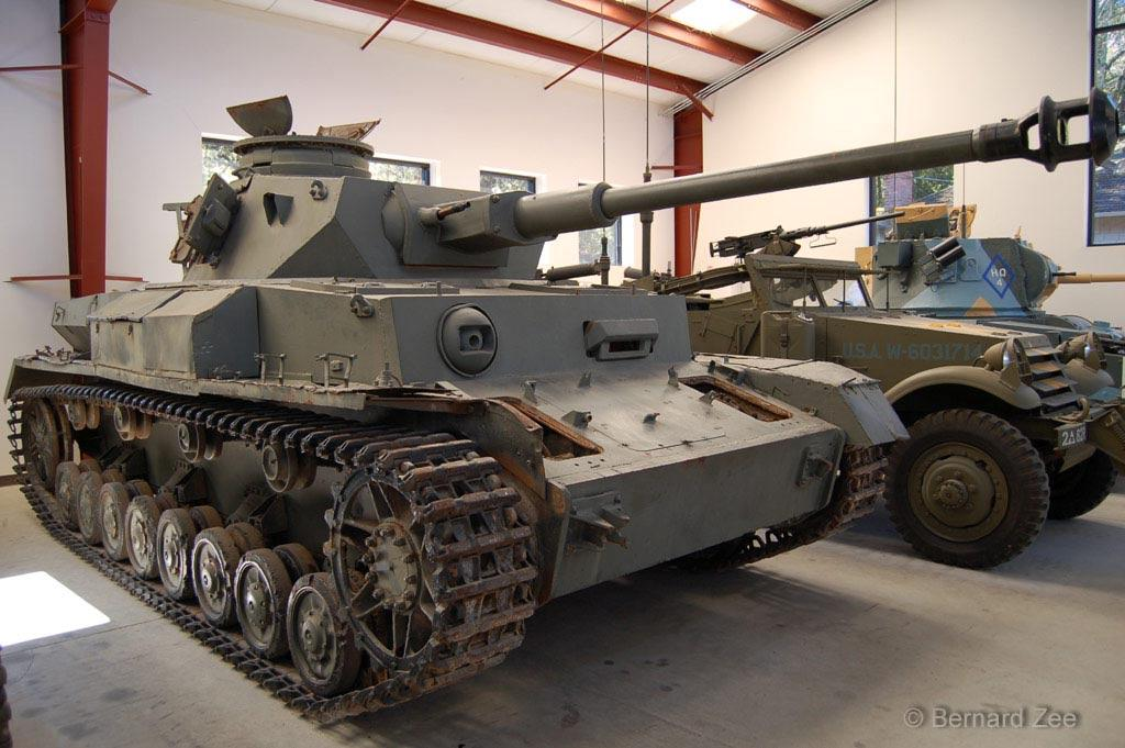 This tank is one of 72 Pz IV that came from Spain, France and Czechoslovakia and were sold to Syria in the 1960s.
