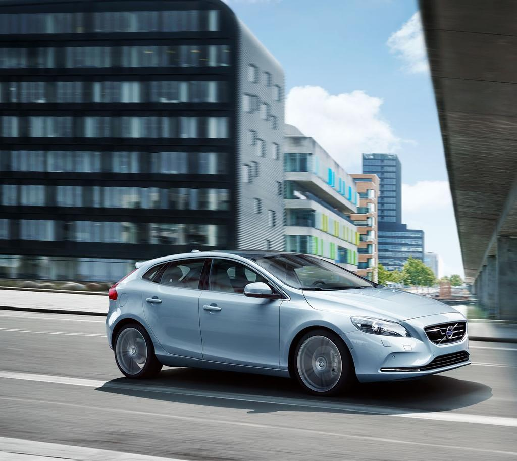 Stunning looks, exhilarating performance. The V40 s clean, elegant lines are the embodiment of timeless Scandinavian design.