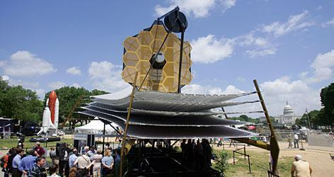 NASA-JSC/JLab Collaboration James Webb Telescope Replaces Hubble at ~1 million miles out Telescope Mockup at the National Mall, D.C. Floating Pressure Technology Used For Telescope Testing in the Environmental Space Simulation Chamber-A at JSC Existing 3.