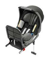 car. PRACTICAL AND VARIABLE The intelligent design of these child seats allows your child to be seated both in the back of the