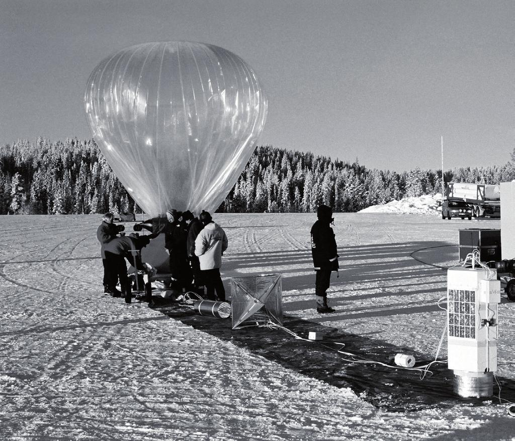 STRATOSPHERIC BALLOONS Stratospheric balloons are mostly used by the scientific community to study the atmosphere, its chemistry and dynamics.