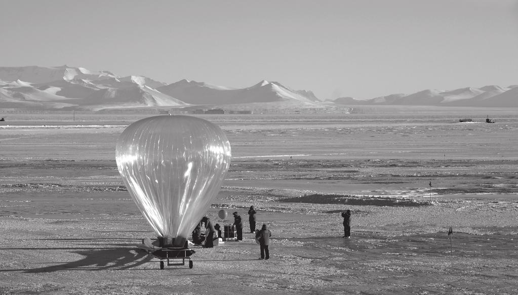 SUPERPRESSURE STRATOSPHERIC BALLOONS Their envelope benefits from a very high level of tightness and from a strong reliability.