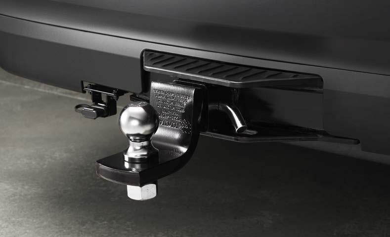 EXTERIOR ACCESSORIES Tow Hitch Receiver Engineered to help accommodate the Highlander s maximum tow rating.