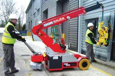 The compact 2 tonne capacity Galizia G20 boom nose and hydraulic lift cylinder, all operated via a small remote control.