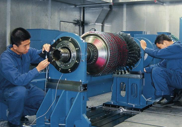 Technical on-the-job training: Under an extensive technology transfer program, MTU Maintenance Zhuhai had some 100 technicians cross-trained at MTU s German facilities for more than