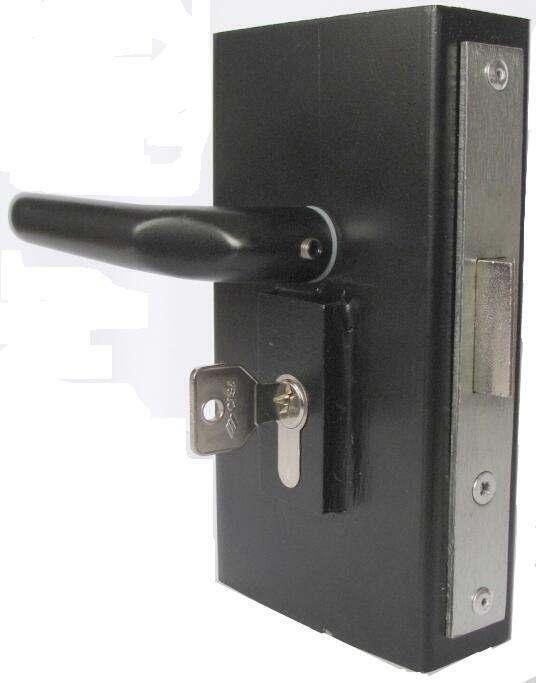 ..for 38mm Steel Tubing 423MB 38 Latch -bolt with built-in deadbolt feature Handed Extra throw deadlocks bolt and handle.