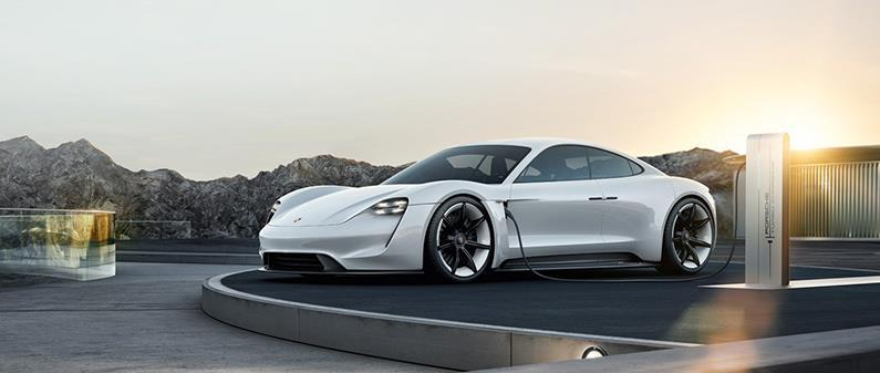 OUTLOOK Porsche has announced an electric sports car with 800 V Source: www.porsche.