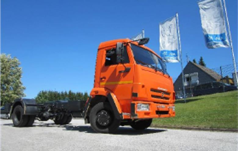 performance 200 kw KAMAZ Delivery Truck 12 tons 90 km/h 20% grade ability at full load Zero