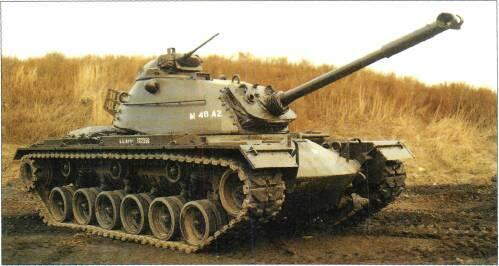 M48A5 MET (USA) Below: M48A2 mantlet, passive night vision equipment, retained petrol engine. Israeli M48s. All have 105mm gun, diesel engine, low profile commander's cupola.