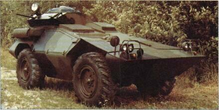 4x4 VEHICLES Above: Commando Scout with