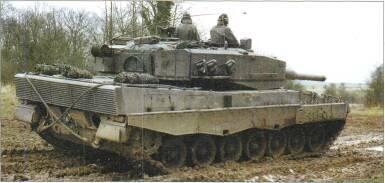 LIGHT TANKS AND MAIN BATTLE TANKS left: Leopard 2 of Netherlands Army (Richard Stickland) Above: Leopard 2 Below: Leopard 2 Netherlands Army (Richard Stickland) many improvements