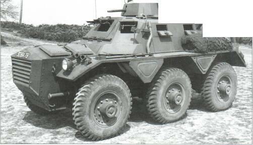 6x6 VEHICLES Right: Alvis Saracen 16x6) (MoD).