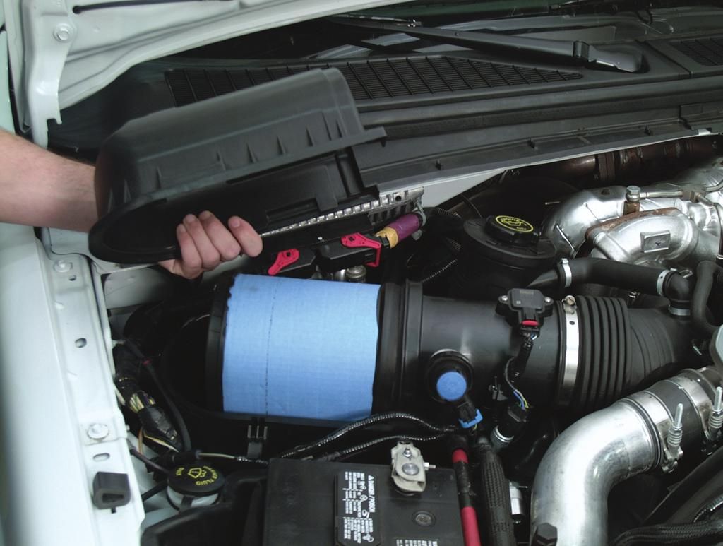 air management s ystem Air Filter Housing/ Filter Minder Air FIlter Housing The air filter is located on the passenger side of the engine compartment between the