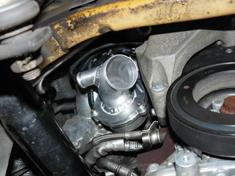 Step 6 Install the K04 turbo using the enclosed new gaskets and fasteners.