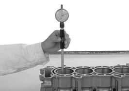 CYLINDER INSPECTION CRANKCASE/CRANKSHAFT/BALANCER/PISTON/CYLINDER Inspect the cylinder bore for wear or damage. Measure the cylinder I.D. in X and Y axis at three levels.