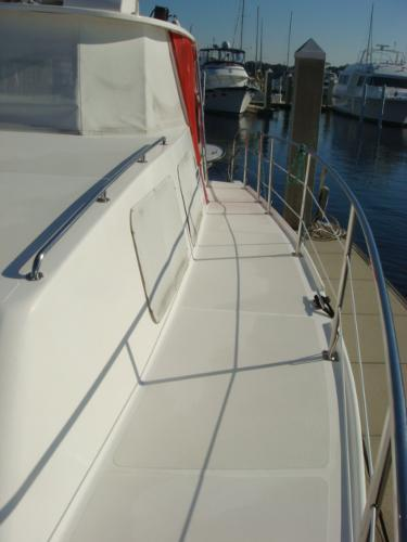 side deck photo2 44'