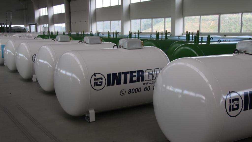 CE 1017 Capacities Outer diameters Operating pressure Test pressure