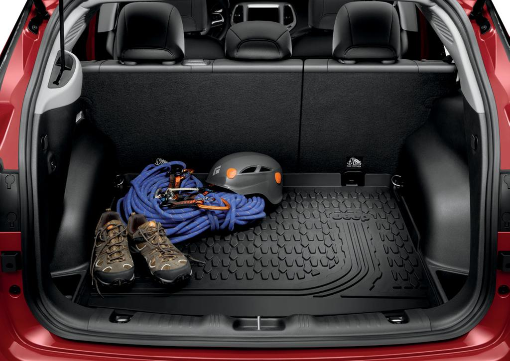 convenient access to the rest of the cargo area. Easy to install and remove. [ 82214653 ] MOULDED CARGO TRAY.