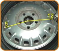 3 Insert the valve stem through the rim hole and verify that the rubber grom met is seated against the rim hole surface. 2.