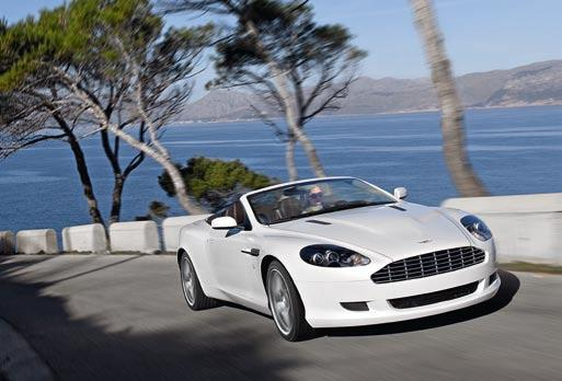 Db9 VOLANTE All-alloy, quad overhead camshaft, 48-valve, 6.