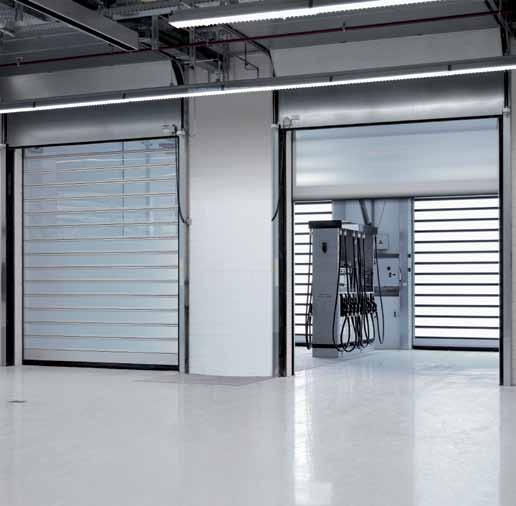 In addition to the familiar advantages of an EFAFLEX High-Speed Spiral Door, such as quality and speed, the EFA-STT also stands out for its highly transparent door blades.