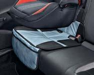 Families with children will definitely welcome a safe child seat.