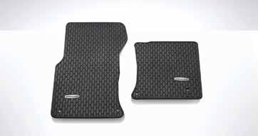 LUGGAGE COMMENT LUXURY CARPET MAT Luxurious soft luggage mat, Black with the Jaguar logo.