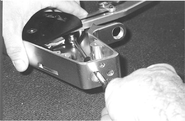 Check to make sure you have the e-clip firmly and accurately in the locating groove in the pin (See Figure 4). Fig. 4 5.